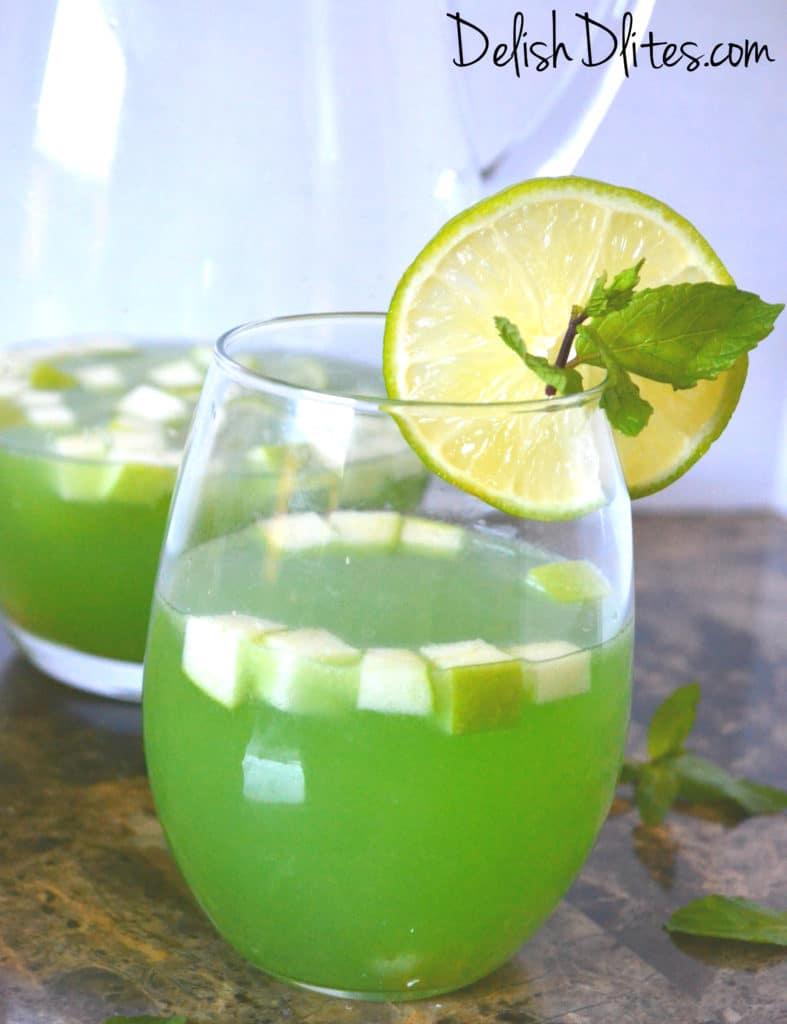 Green Sangria | Delish D'Lites